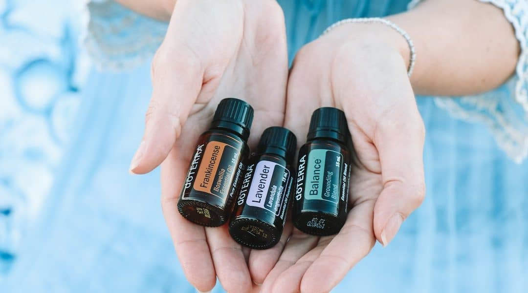 Essential Oils for Your Tropical Holiday